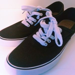 a new day Basic Black Lace Up Sneakers